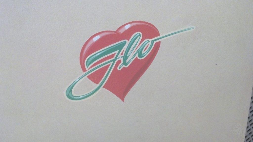 flo heart cars land