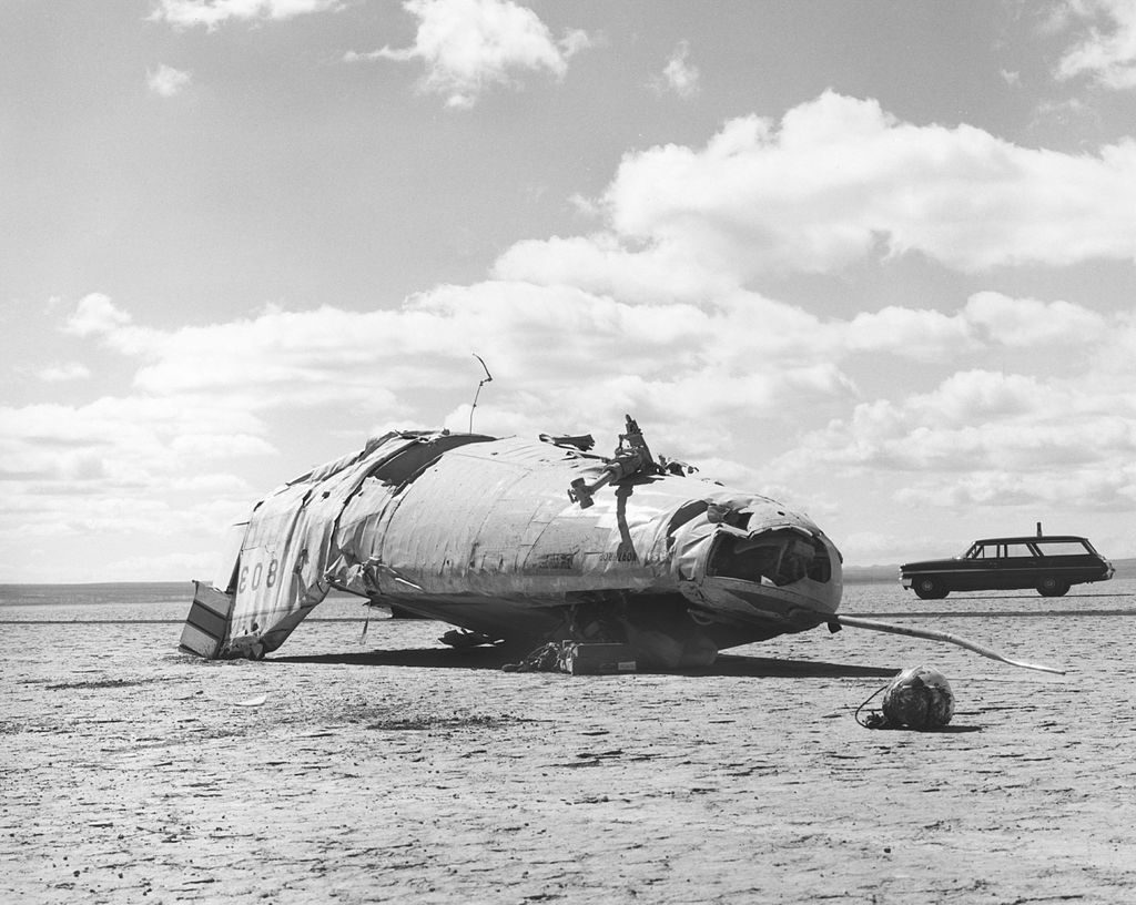 Northrop M2-F2 crash