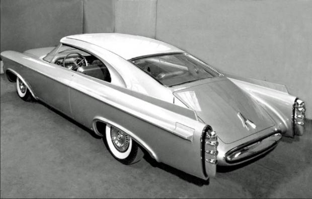 Chrysler Norseman, rear 3/4 shot