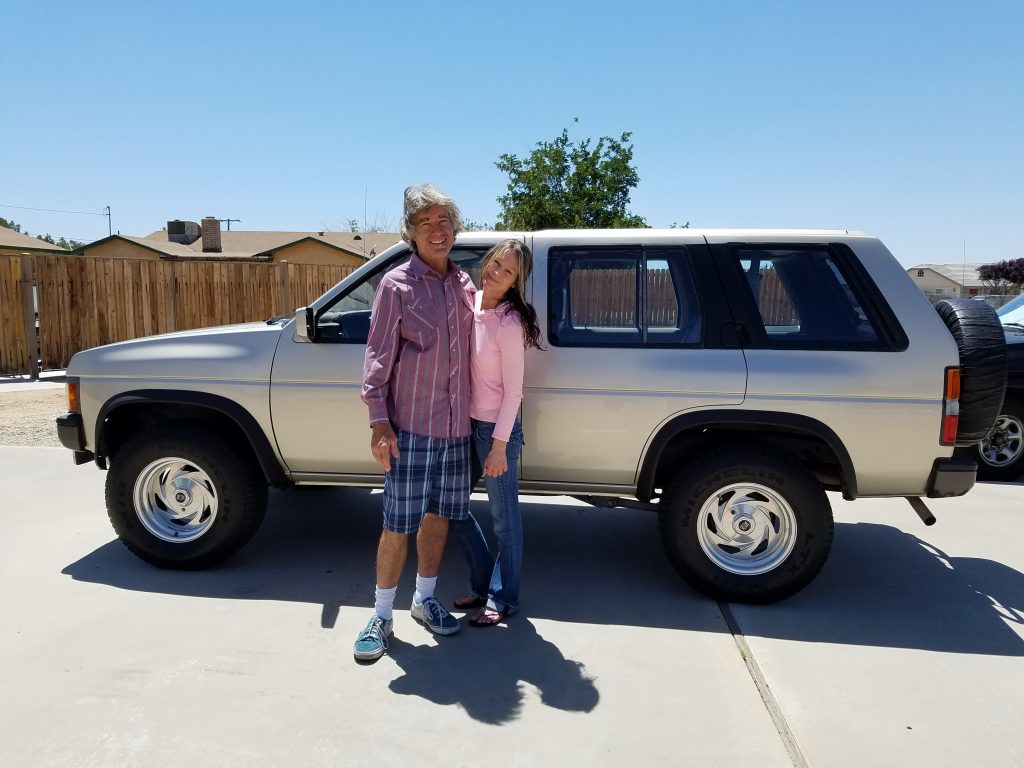 Mark and Jen Buy the 1992 Nissan Pathfinder