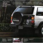1992 Nissan Pathfinder Brochure