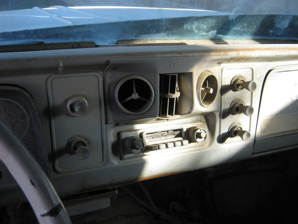1964 to 1966 factory A/C center dash duct bezel